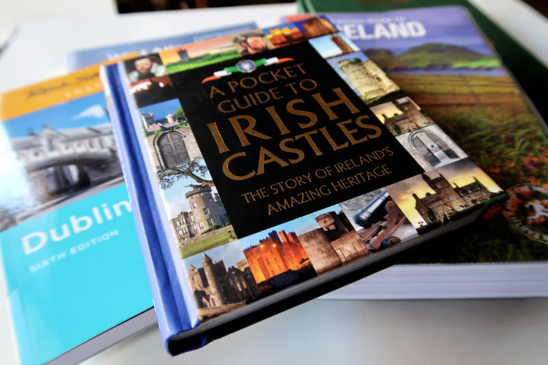 A Pocket Guide to Irish Castles - One of the best Ireland Travel Guidebooks