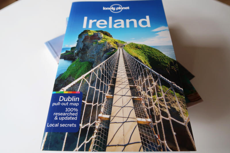 Lonely Planet Travel Guide to Ireland